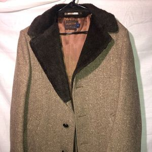 Beautiful Pendleton Wool/Fur Coat Vintage Size 42